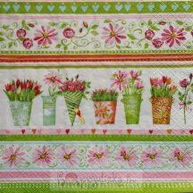 Virágok vázában szalvéta