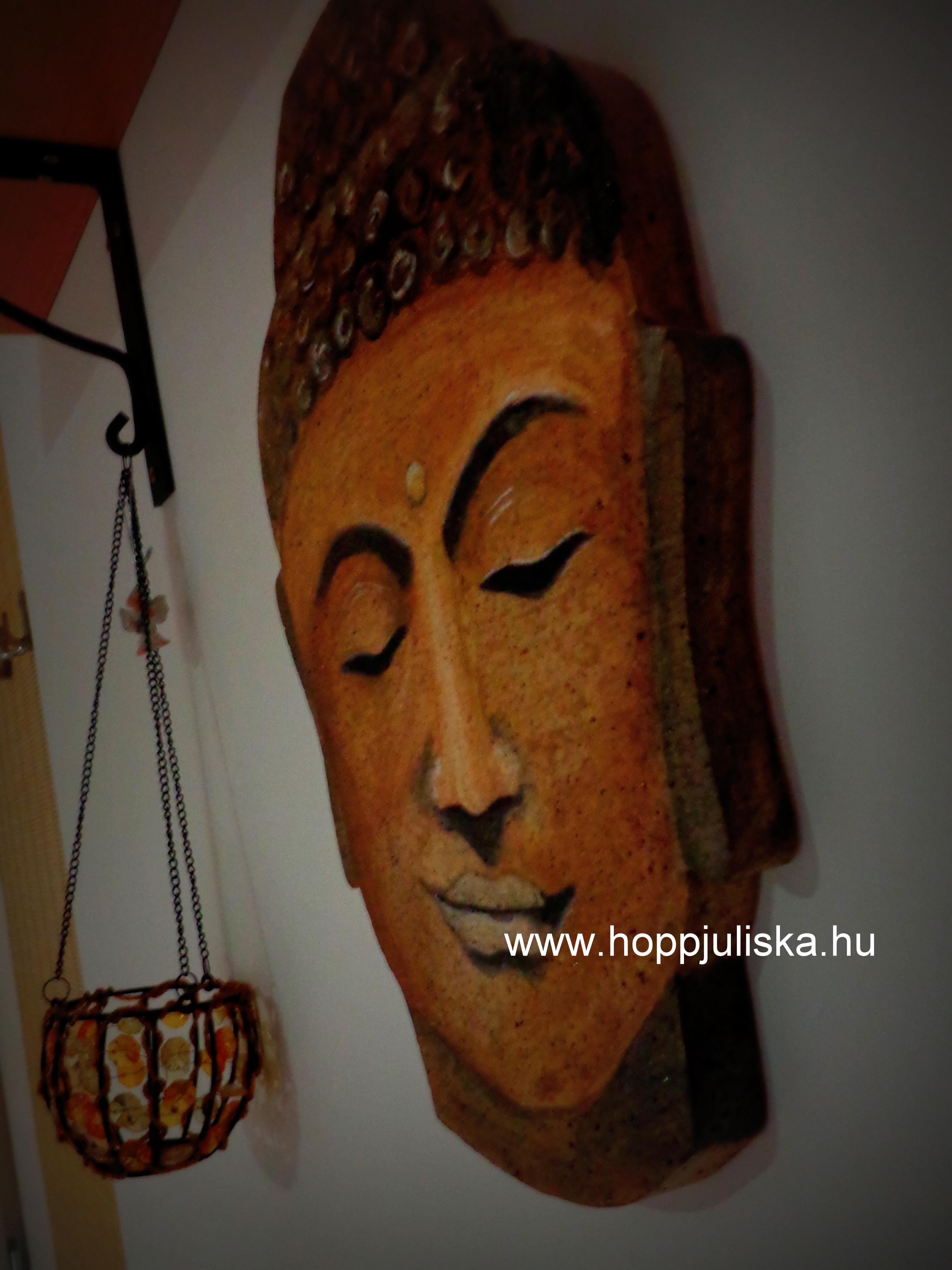Buddhafej közelről
